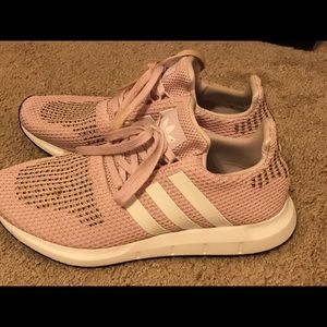 Adidas millennial pink-size 9-fit large